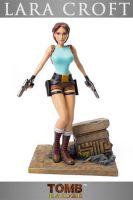 Figúrka Tomb Raider - Lara Croft 20th Anniversary 36 cm